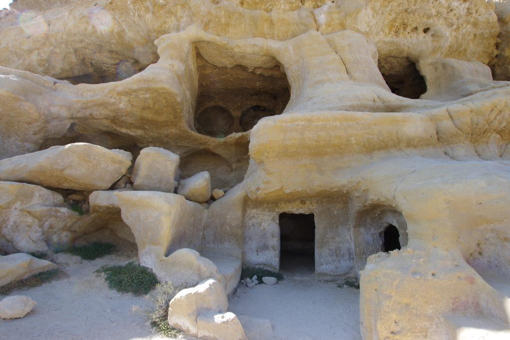 Hippie-Höhlen Matala: Höhlenwohnungen