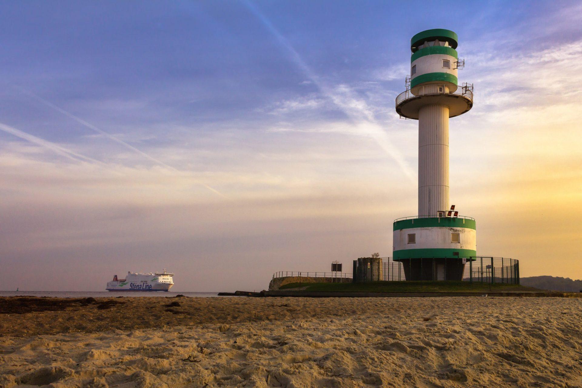 Wassertemperatur Kiel: Leuchtturm Friedrichsort am Falckensteiner Strand