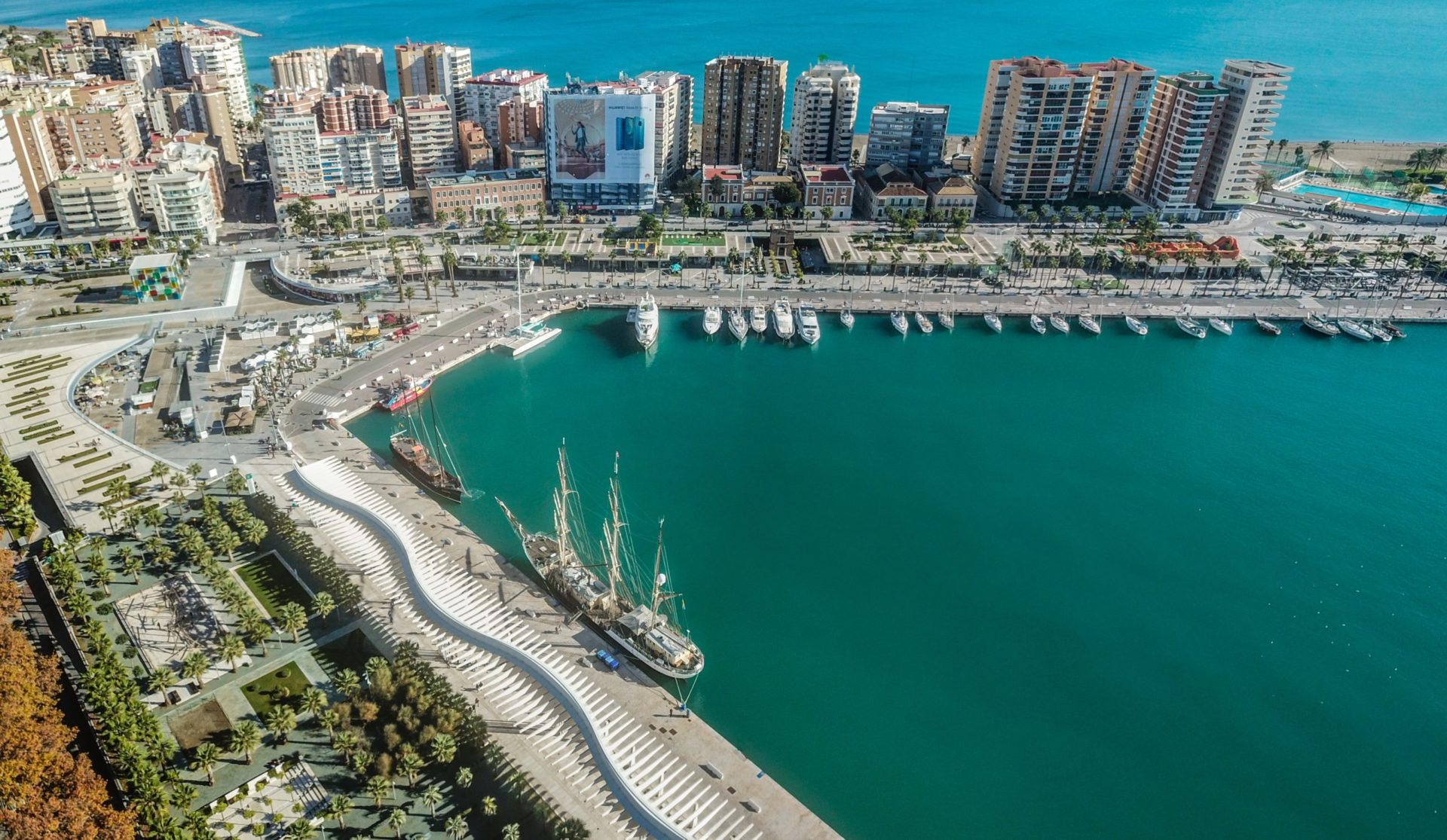 Wassertemperatur Malaga: Der Hafen von Malaga