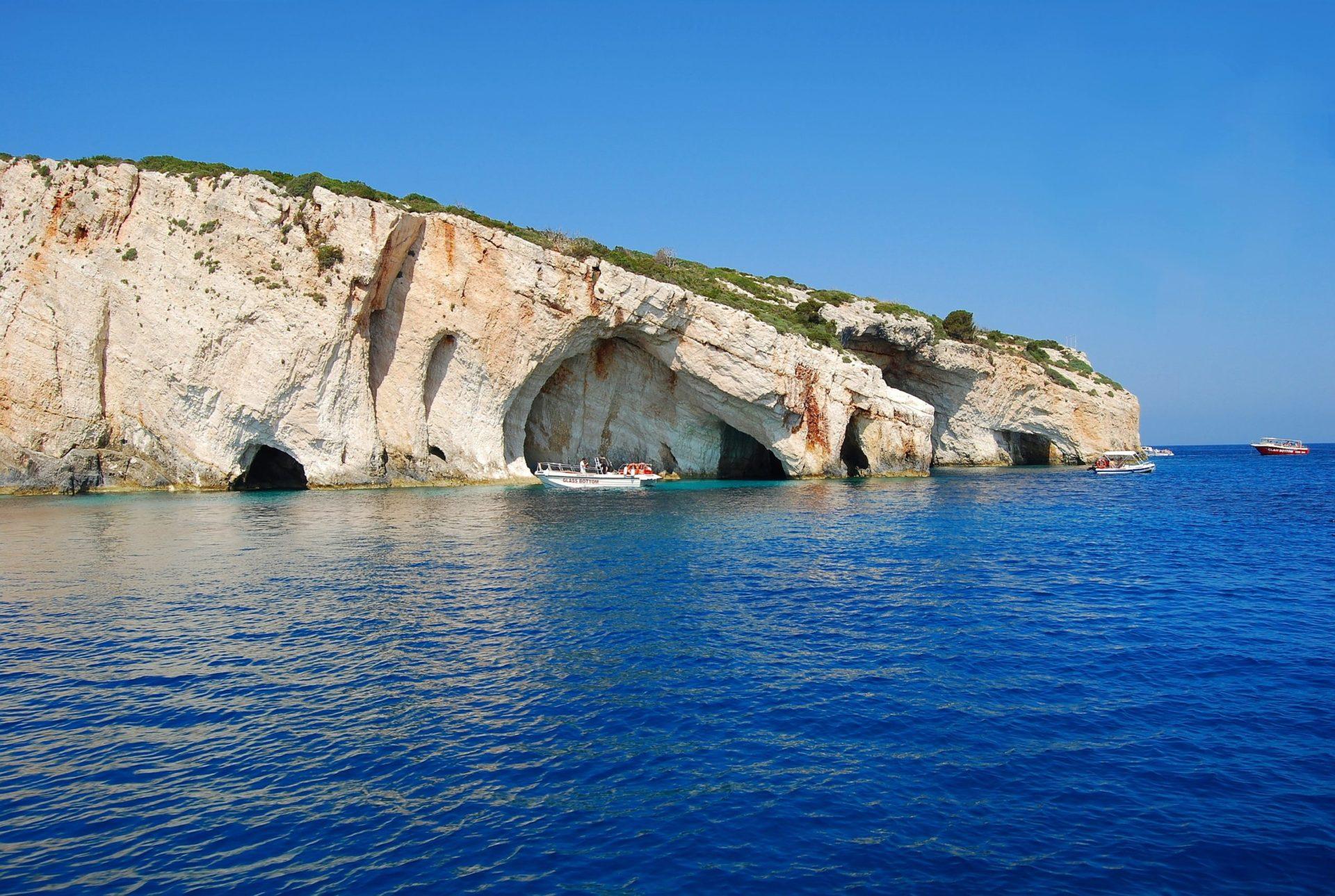 Wassertemperatur Zakynthos: Die Blauen Grotten bei Skinari in der Nähe des Nordkaps